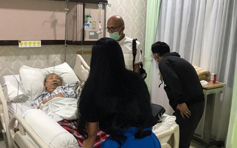 Wakil Presiden (Wapres) ke-9 RI Hamzah Haz sedang sakit dan terbaring di atas ranjang RSPAD Gatot Soebroto Jakarta, Kamis (15/10/2020)/Antara - Istimewa)