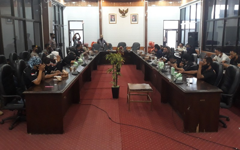 Audiensi Aliansi Seniman Cirebon (ASC) dengan DPRD - Bisnis/Hakim Baihaqi