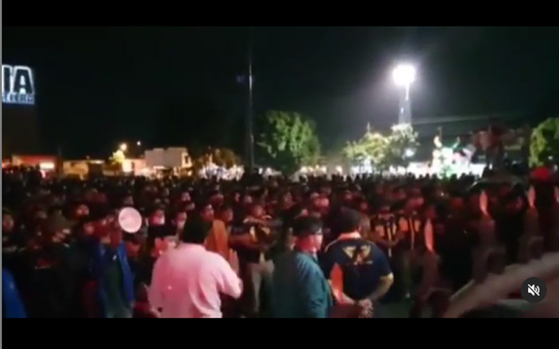 Suasana demonstrasi penolakan UU Cipta Kerja di Purwokerto Jawa Tengah, Kamis petang 15 Oktober 2020. Foto: Instagram ir_achmadhusein