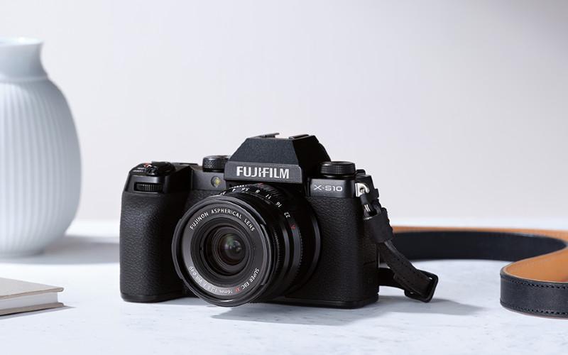 Kamera Fujifilm X-S10.  - Fujifilm