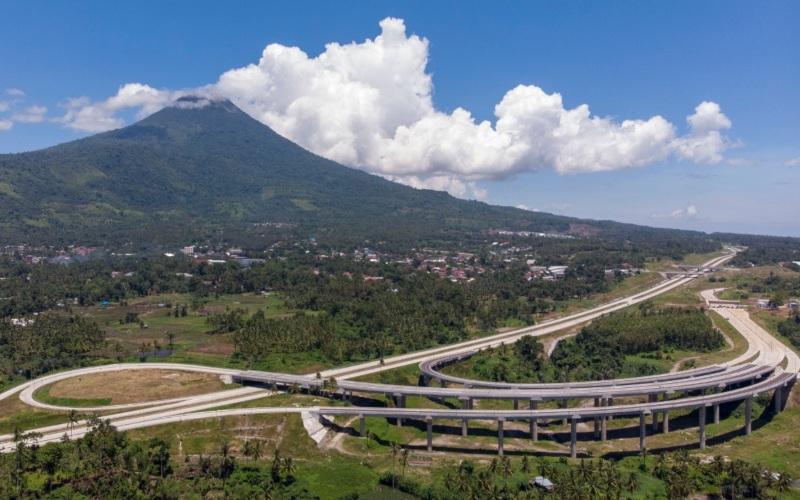Salah satu interchange di ruas jalan tol Manado-Bitung, Sulawesi Utara. Jalan tol ini diresmikan oleh Presiden Joko Widodo, Selasa (29/9/2020) secara virtual. -  Jasa Marga