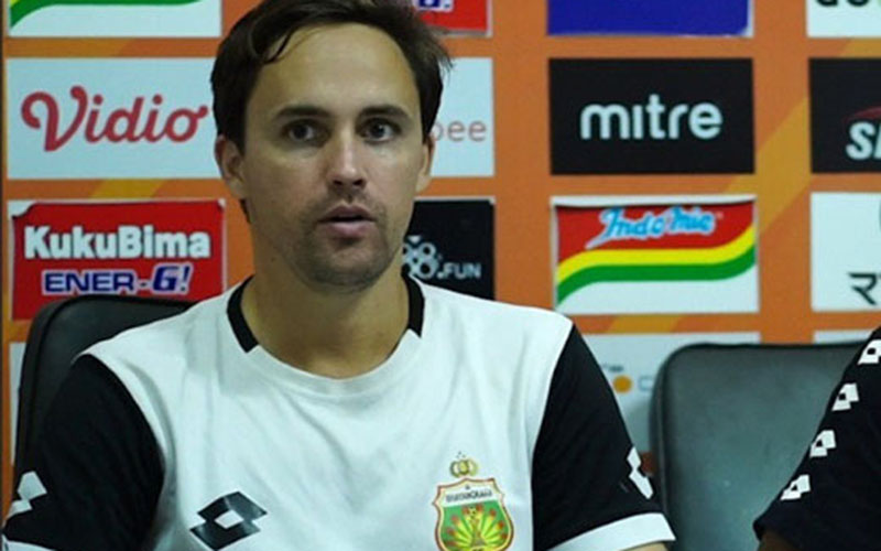 Pelatih Bhayangkara FC Paul Munster.  -  Bhayangkara FC