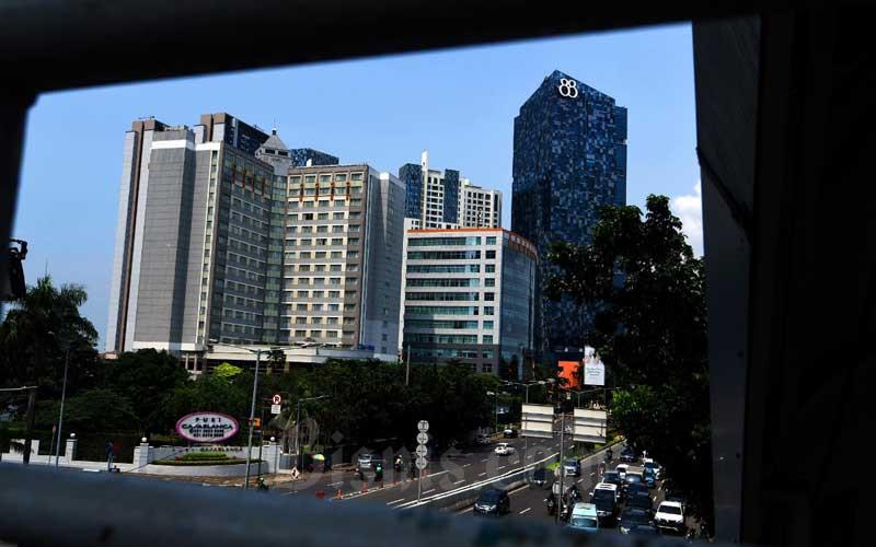 Sejumlah gedung bertingkat termasuk apartemen di Jakarta./Bisnis - Abdurachman