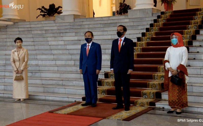 Kedatangan Perdana Menteri (PM) Jepang Yoshihide Suga beserta Ibu Mariko Suga di Istana Bogor disambut Presiden Jokowi dan Ibu Negara Iriana, Selasa (20/10/2020). - Biro Pers Sekretariat Presiden - Kris