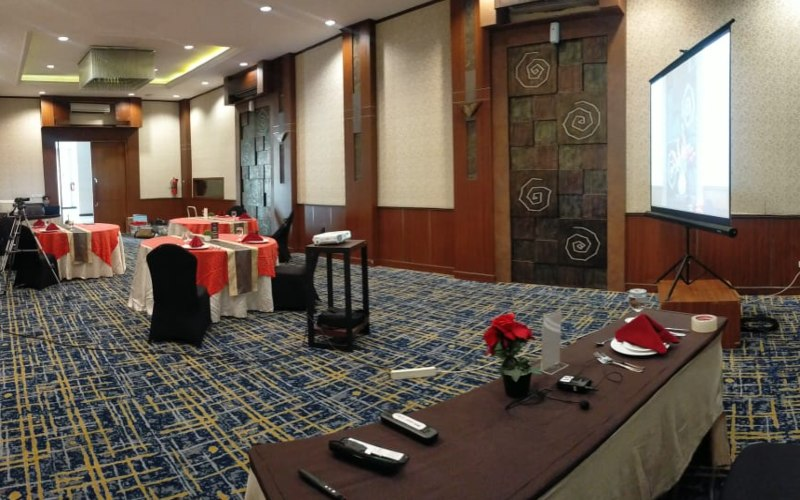 Noormans Hotel Semarang menawarkan paket promo pelatihan table manner yang diselenggarakan secara virtual. (Foto: Istimewa)