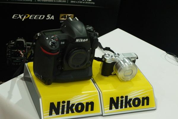 Kamera Nikon - Bisnis/Dika Irawan