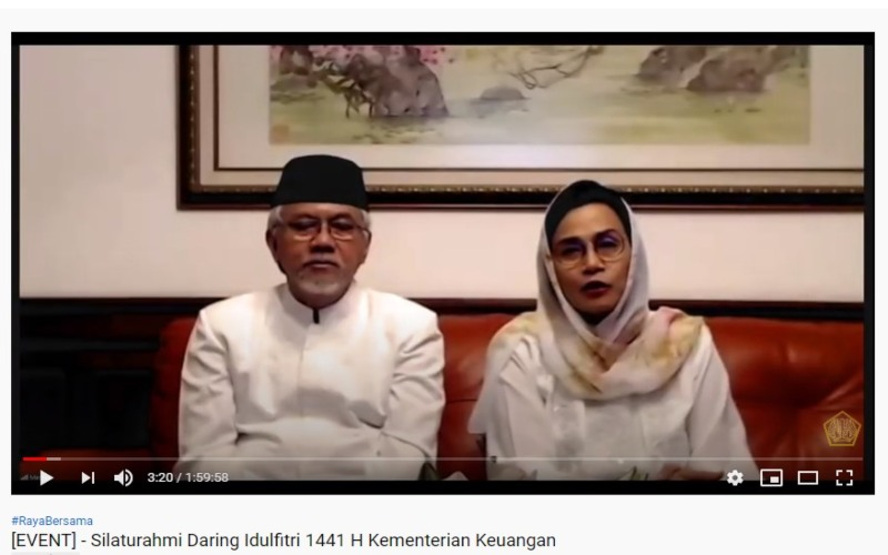 Sri Mulyani dan suami dalam silaturahmi daring Idulfitri 1441 H Kementerian Keuangan.