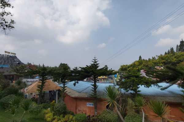 Pemandangan di Jatim Park 1 sebagai salah satu destinasi di Kota Batu, Jawa timur. - Bisnis.com