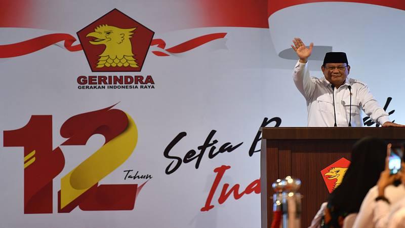 Ketua Dewan Pembina Partai Gerindra Prabowo Subianto menyampaikan pengarahan dalam peringatan HUT ke-12 Partai Gerindra di kantor DPP Partai Gerindra, Jakarta Selatan, Kamis (6/2/2020). Kegiatan yang dihadiri oleh para kader Partai Gerindra tersebut mengangkat tema Setia Bergerak untuk Indonesia Raya. - Antara