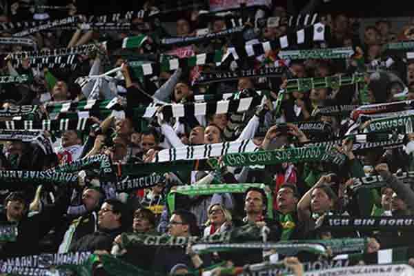 Suporter Borussia Moenchengladbach - Sport1.de