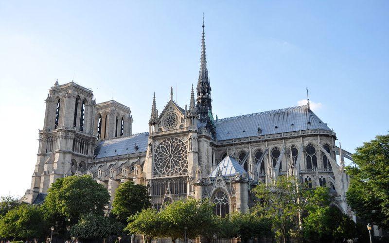 Katedral Notre Dame di Paris - Wikipedia