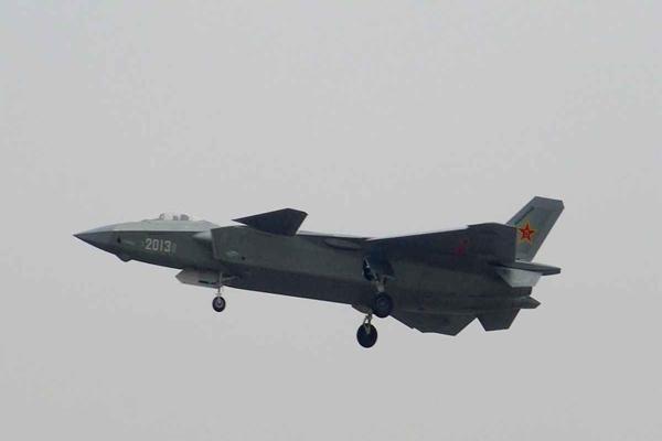Pesawat tempur buatan China J-20 - Ilustrasi/anpdz.com