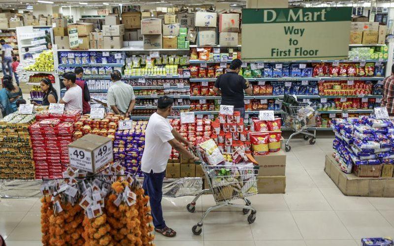 Supermarket D-Mart yang dikelola oleh Avenue Supermarts Ltd di Maharashtra, India. - Bloomberg