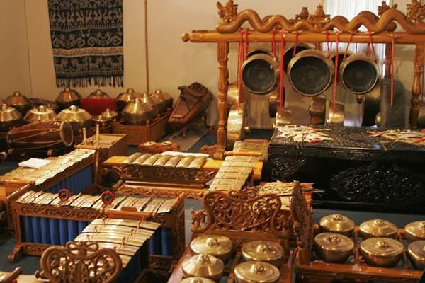 Gamelan Jawa - Wikipedia