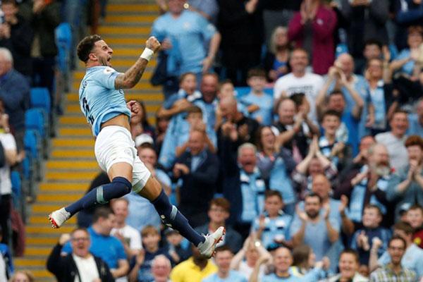 Bek kanan Manchester City Kyle Walker - Reuters/Andrew Yates