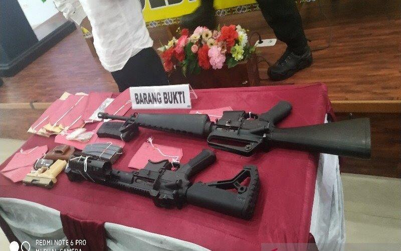 Pucuk senjata yang djual ke KKB.