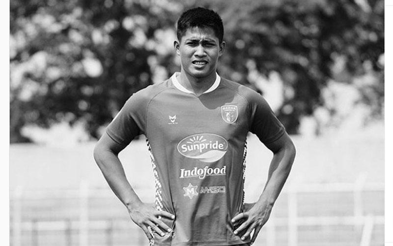 Almarhum Daryono dalam seragam Badak Lampung FC. - BadakLampungFC.com