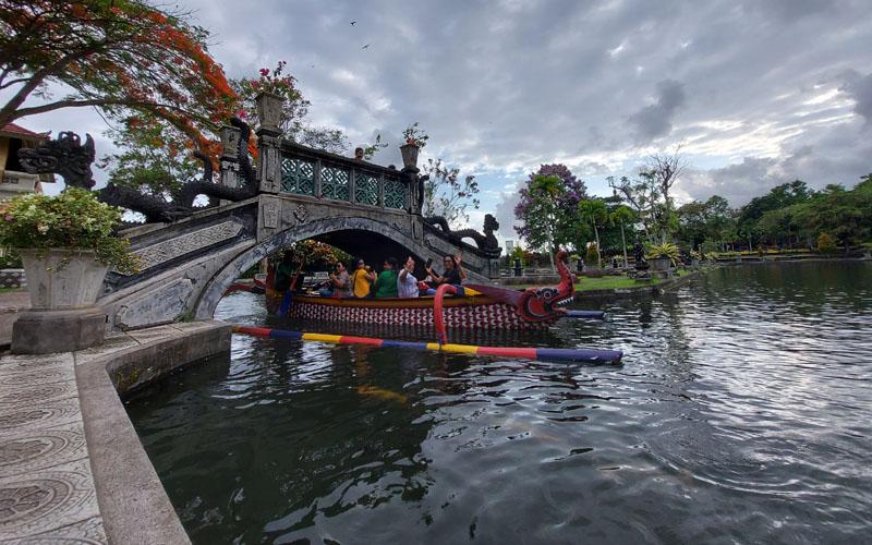 Objek wisata Taman Air Tirta Gangga./Bisnis.com -