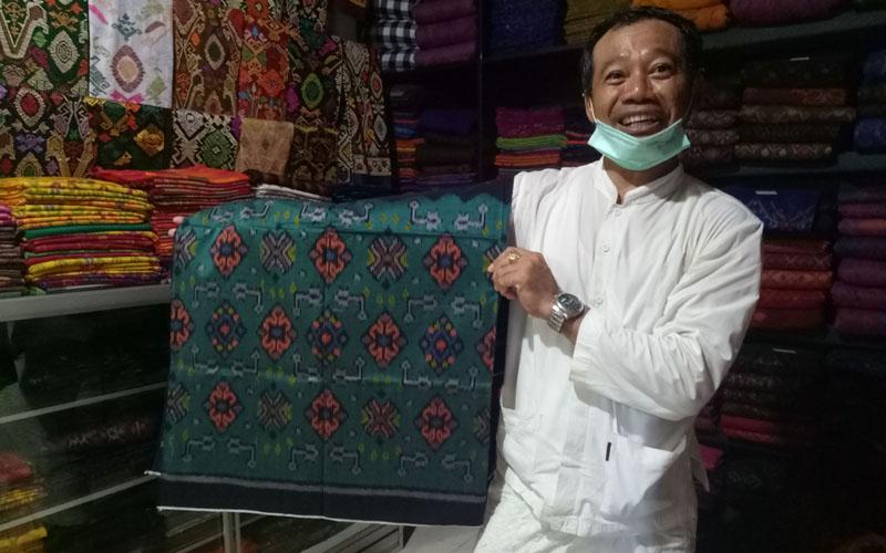 I Wayan Widyantara, pemilik merk kain tenun Sri Widhi./Bisnis.com - Luh Putu Sugiari