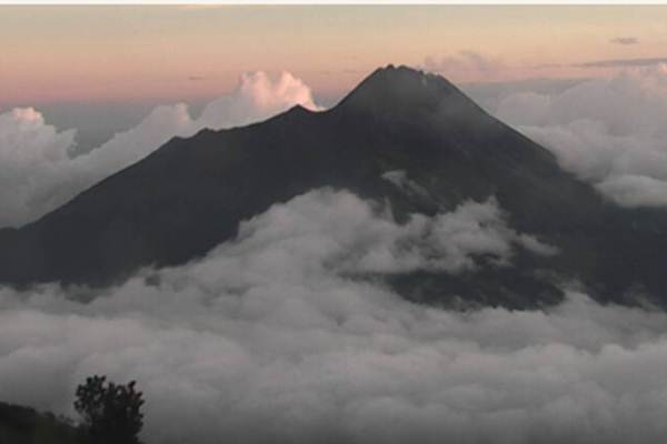 Gunung Merapi - esdm.go.id