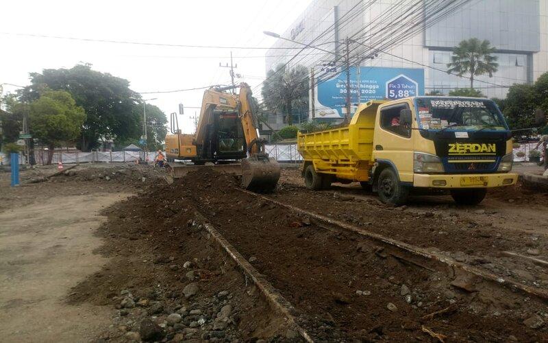 Pengerjaan proyek Kayutangan Heritage Kota Malang. - Istimewa