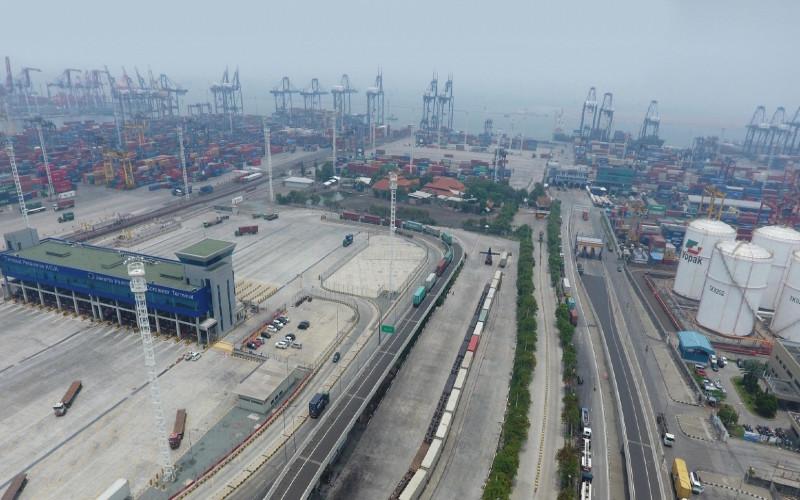 Layanan KA Pelabuhan Tanjung Priok via JICT. Kalog