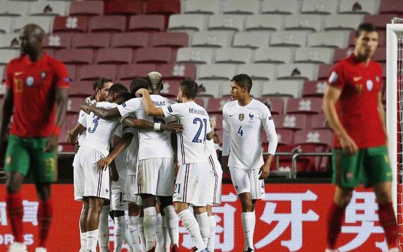Para pemain Prancis bersukacita selepas menjebol gawang Portugal./Antara - Reuters
