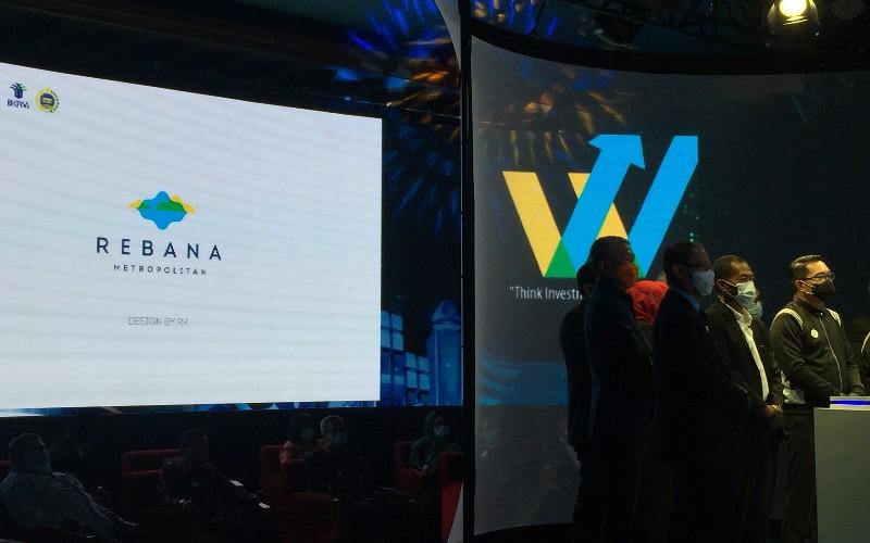 Acara West Java Investment Summit (WJIS) 2020 secara resmi meluncurkan logo resmi Metropolitan Rebana kepada publik. - Bisnis/Wisnu Wage