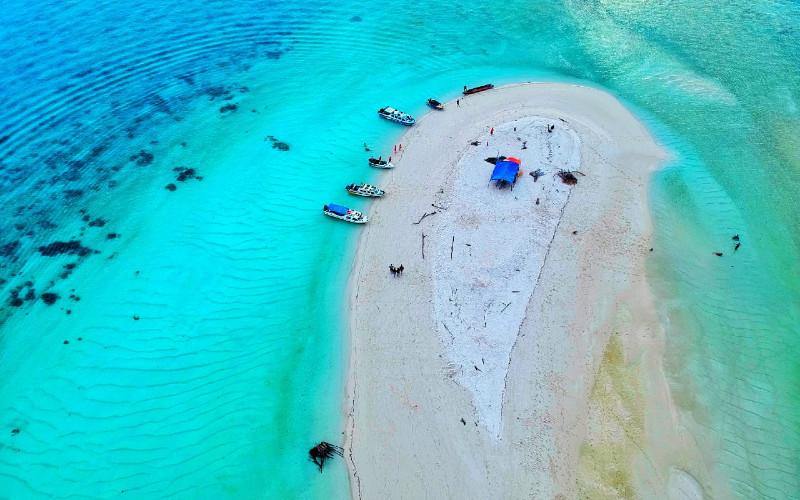 Pulau Derawan.  - Bisnis.com/Gloria F.K. Lawi