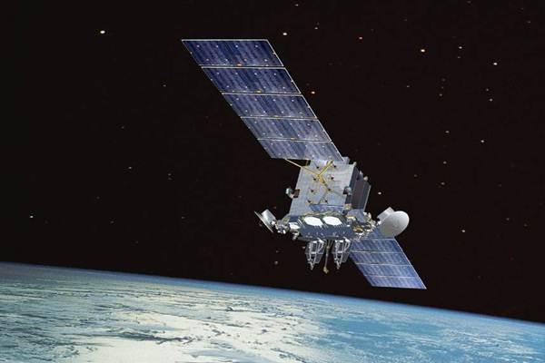 Ilustrasi satelit komunikasi - Wikimedia Commons