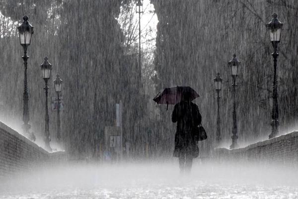 Hujan deras - Istimewa