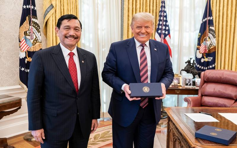 Menko Marves RI Luhut Panjaitan dan Presiden Donald Trump di White House Washington DC, Selasa, (17/11/2020). - Istimewa
