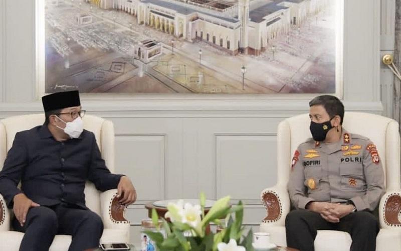 Gubernur Jawa Barat Ridwan Kamil bersama Kapolda Jabar Irjen Pol Ahmad Dofiri - Istimewa