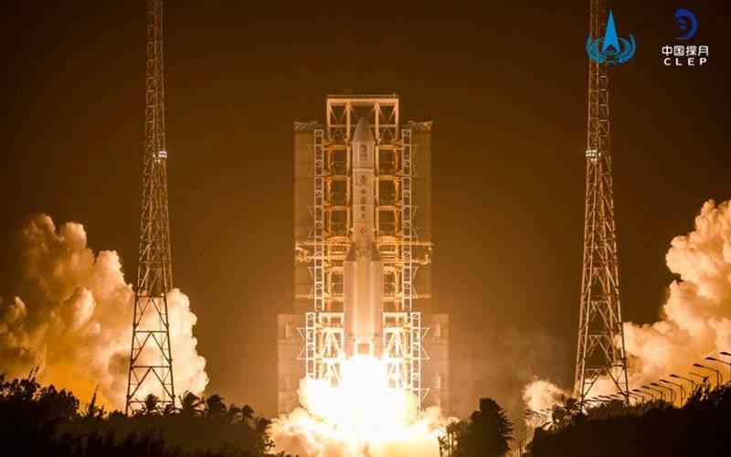 Pesawat luar angkasa China