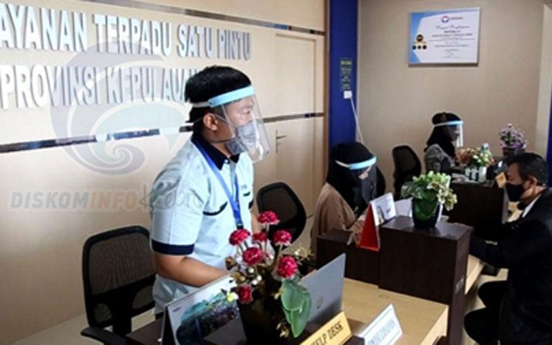 Kegiatan instansi di lingkungan Pemerintah Provinsi Kepulauan Riau menerapkan protokol kesehatan untuk mencegah penyebaran virus corona jenis Covid-19. - Kepriprov.go.id