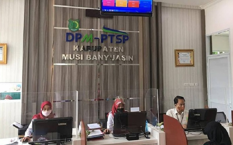 Pelayanan di kantor DPMPTSP Muba - Istimewa