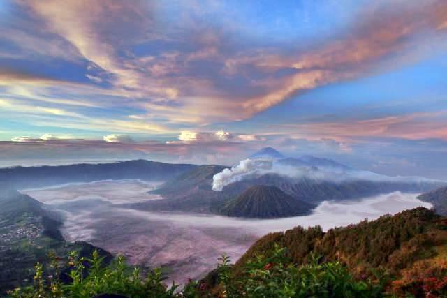 Suasana pemandangan Gunung Bromo, Jawa Timur, Rabu (26/4/2017). - Bisnis/Abdullah Azzam