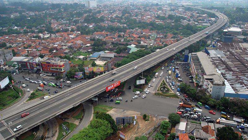 Sejumlah kendaraan melintas di tol Bogor Outer Ring Road (BORR) di Kota Bogor, Jawa Barat, Jumat (31/1/2020). -  ANTARA / Arif Firmansyah