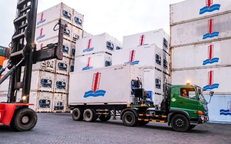 Kontainer. Para eksportir, termasuk di Indonesia, kesulitan mendapatkan kontainer untuk mengirimkan barangnya ke luar negeri.  - HSN Group.