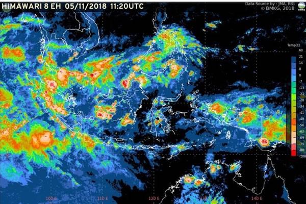 Monitoring cuaca di wilayah Indonesia, - Dok.BMKG