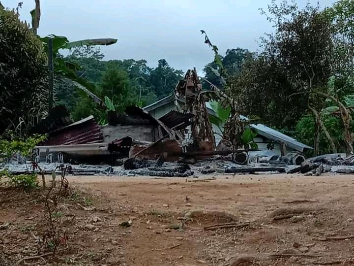 Pos pelayanan Gereja Bala Keselamatan Lewonu, Kecamatan Palolo, Kabupaten Sigi, Sulawesi Tengah dibakar oleh oknum tak dikenal. - istimewa