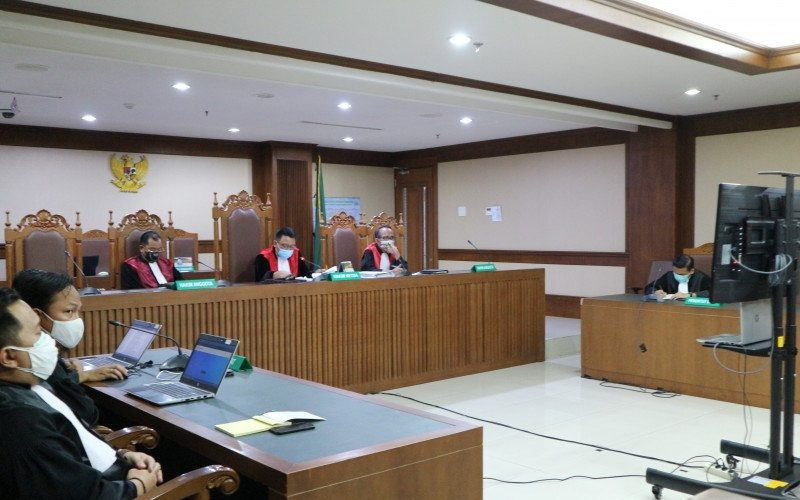 Suasana sidang virtual pembacaan vonis terhadap mantan Direktur PT Humpuss Transportasi Kimia (HTK) Taufik Agustono yang didakwa menyuap eks Wakil Ketua Komisi VI DPR RI dari fraksi Partai Golkar Bowo Sidik Pangarso di pengadilan Tindak Pidana Korupsi (Tipikor) Jakarta, Rabu (30/11/2020) - AntaraDesca Lidya Natalia