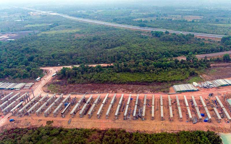 Ilustrasi: Foto udara pembangunan proyek jalan tol Trans Sumatra ruas Palembang-Bengkulu./Antara - Nova Wahyudi