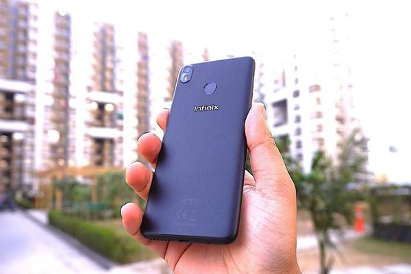 Ponsel pintar produksi Hong Kong Infinix. - Istimewa