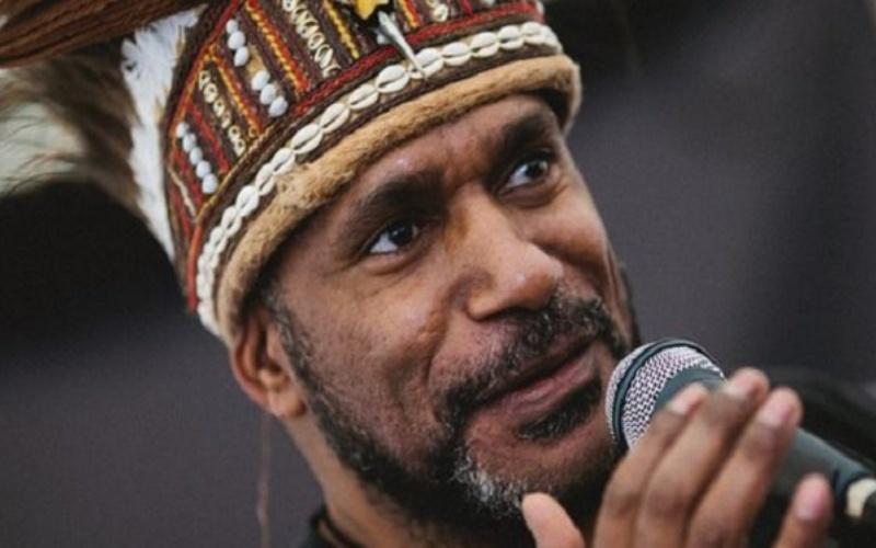 Ketua Persatuan Gerakan Pembebasan untuk Papua Barat (ULMWP) Benny Wenda  -  bbc.co.uk