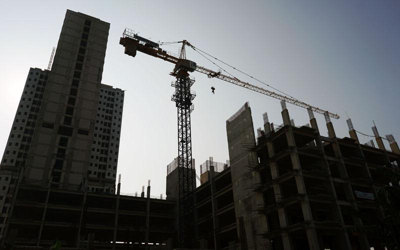 Ilustrasi konstruksi proyek properti./Bloomberg - Dimas Ardian