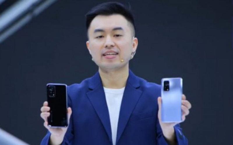 Country Director Xiaomi Indonesia, Alvin Tse, dalam peluncuran seri Xiaomi Mi 10T secara virtual, Selasa (8/12/2020). (youtube.com - Xiaomi Indonesia)
