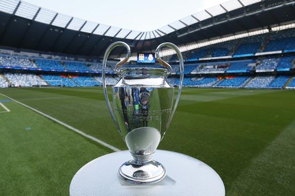 Trofi Liga Champions - Reuters