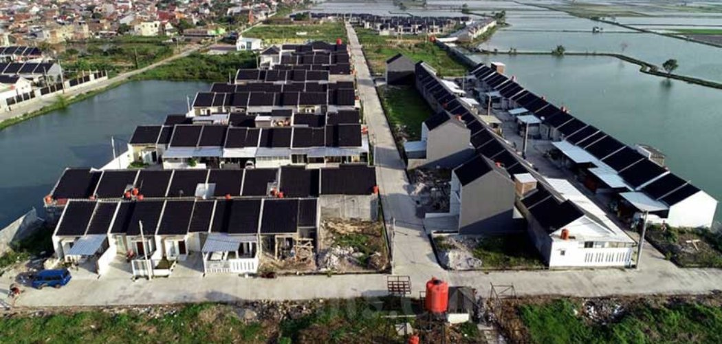 Foto udara perumahan di Kawasan Ciwastra, Bandung, Jawa Barat, Rabu (17/6/2020). Bisnis - Rachman
