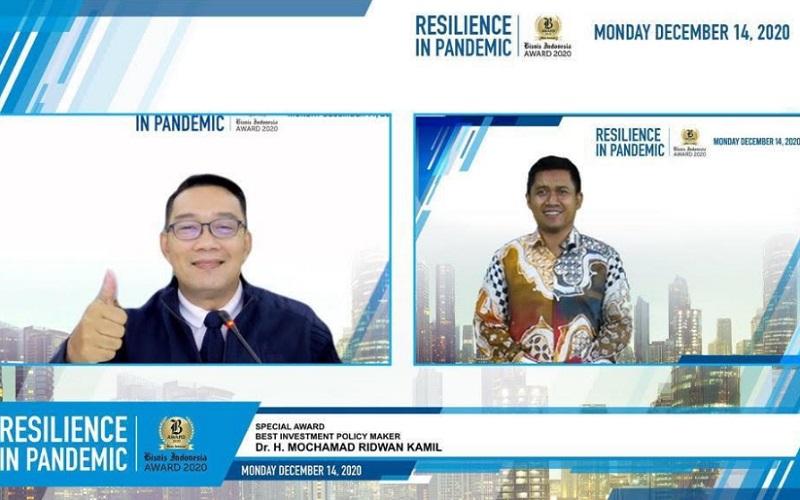 Gubernur Jawa Barat Ridwan Kamil meraih penghargaan di ajang Bisnis Indonesia Award 2020 kategori Best Investment Policy Maker yang digelar secara daring Senin (14/12 - 2020).